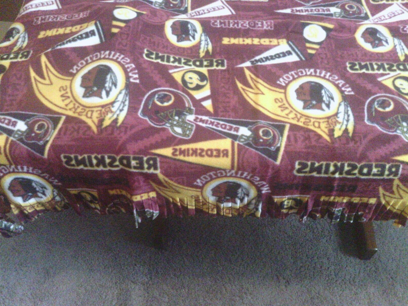 Fleece Blanket 2 Pillow Washington