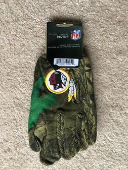NFL Washington Redskins Utility Gloves Men, RealTree Camo -